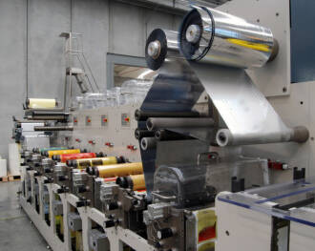 COMEXI refuerza su apuesta por la investigación y desarrollo y pone en marcha una nueva planta de montaje de equipos de conversión de filmes en Girona