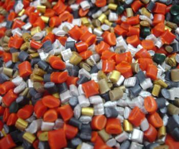 AIMPLAS programa una completa y variada oferta formativa sobre compounding y aditivos en plásticos