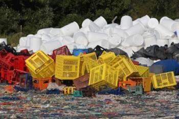 Los precios del polietileno de alta densidad reciclado suben más de 100 €/Tm. entre agosto y septiembre